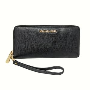 NEW Michael Kors Jet Set Continental Black Wallet